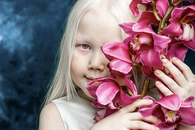 Эту девочку из Сибири стараются поймать все фотографы и модельные агентства. Ее внешность уникальна!