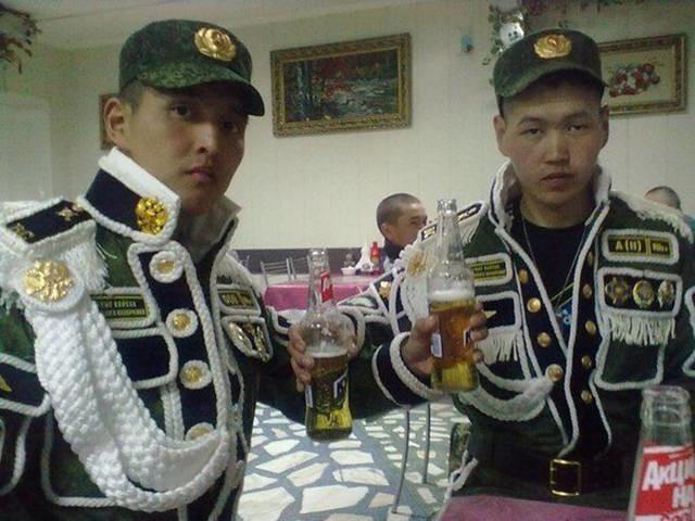 20 уморных фото – настоящий парад швейных войск!