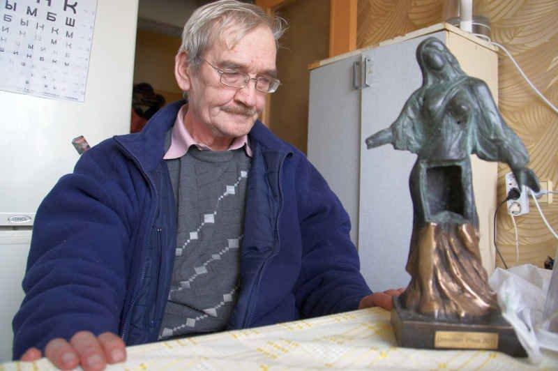 Умер настоящий герой, который в 1983 году спас мир от жуткой ядерной катастрофы. Скончался офицер Петров в забвении и нищете…