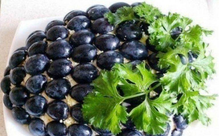 5 рецептов очень вкусных и простых праздничных салатов – готовимся к Новому году!
