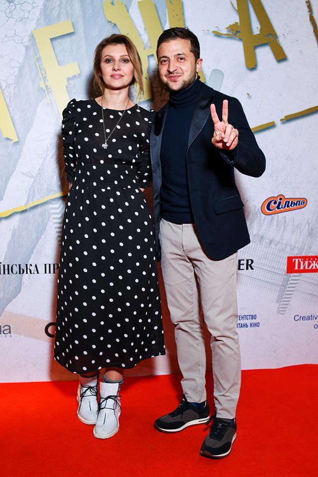 Впервые Владимир Зеленский вывел в свет супругу. Только посмотрите на эту красавицу!