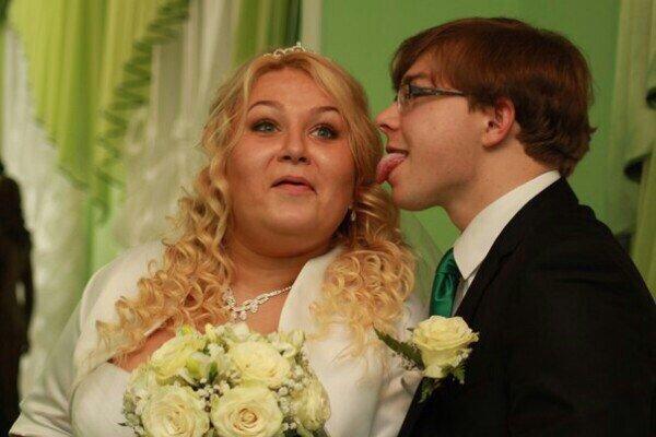 Совершенно сумасшедшие свадебные фото – да уж, наши веселиться умеют на славу! И с фантазией!