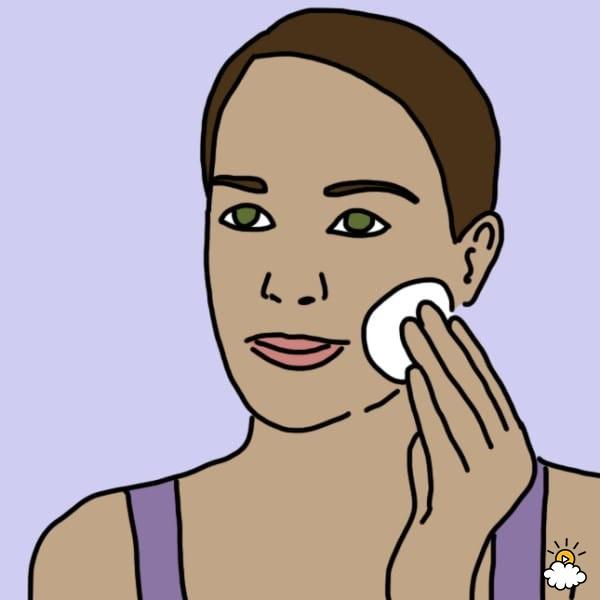 Достаточно просто смочить в яблочном уксусе тампон и протереть лицо. Эффект вас сильно удивит!