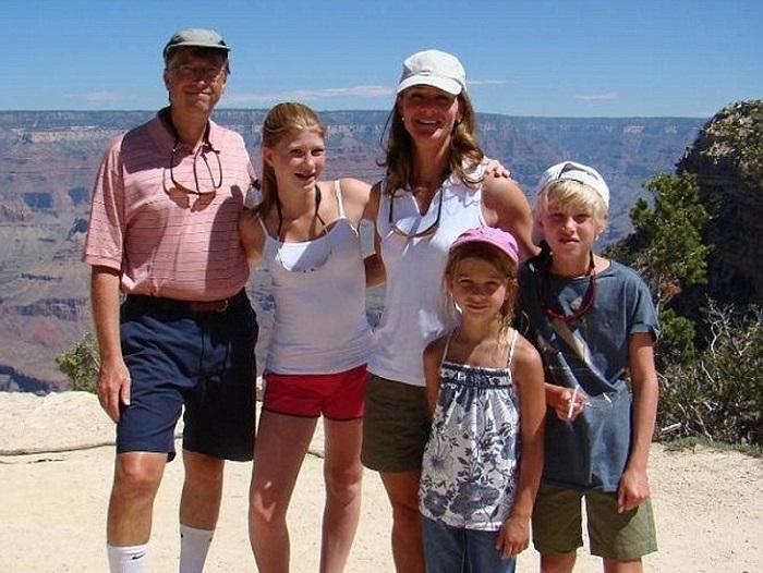 Хотите посмотреть, как живет старшая дочь Билла Гейтса? С таким богатым отцом и так скромно?!