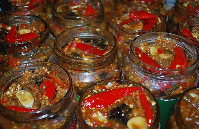 ТОП-8 самых лучших рецептов вкусноты из баклажан – как раз в сезон