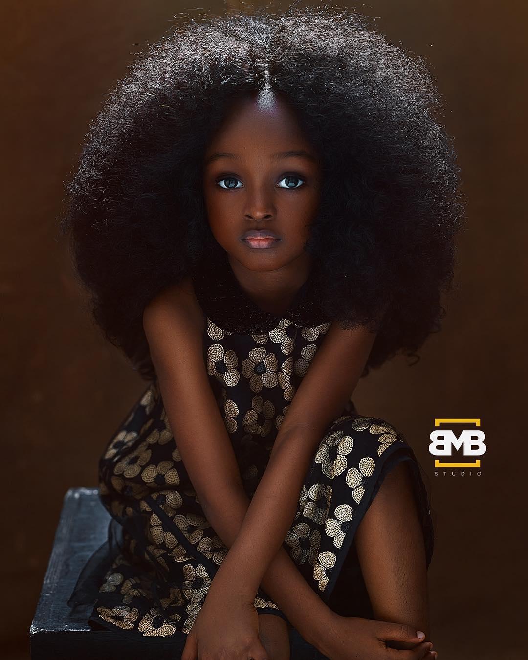 Представляем новую самую красивую девочку в мире – пятилетняя малышка из Нигерии мила, как ангелочек